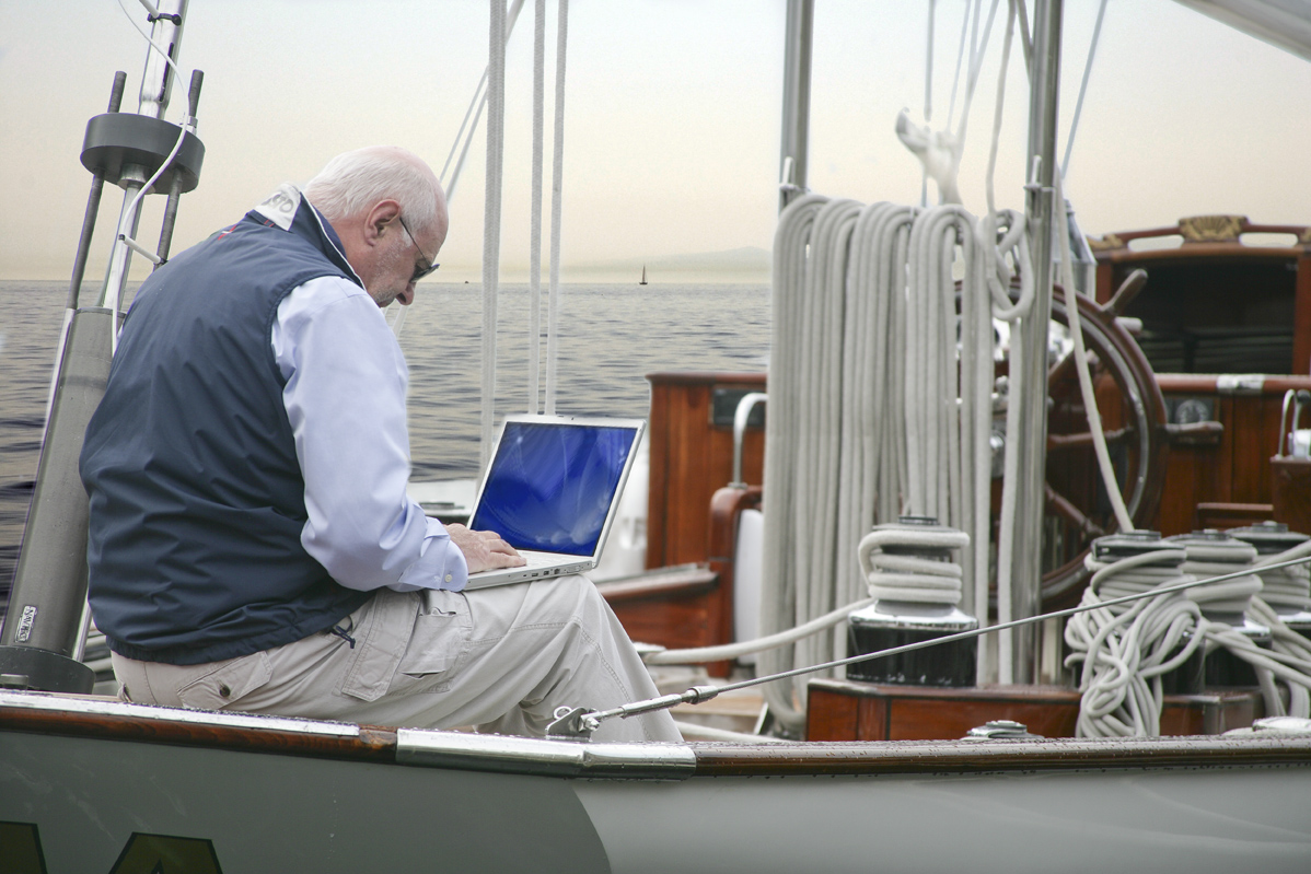 ultimate office telecommuting from your boat kvh mobile world the advent of the digital nomad and extreme telecommuter is reaching the sea the kvh team at the miami international boat show last month saw signs that